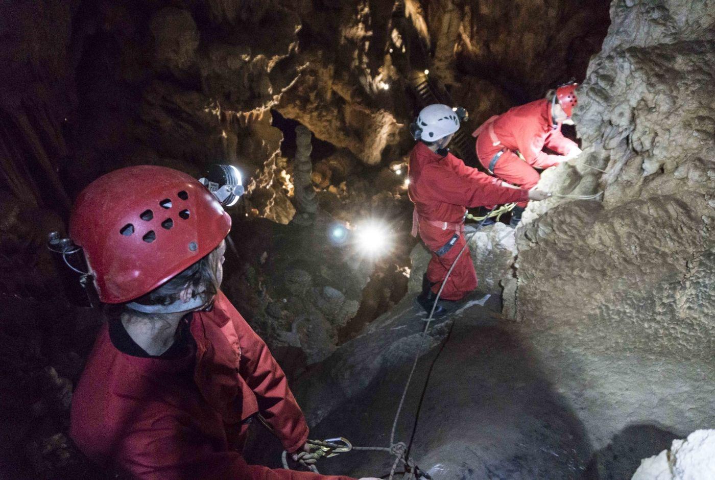 speleologie_vertige_souterrain_aven_d_orgnac_ludovic_fremondiere.jpg